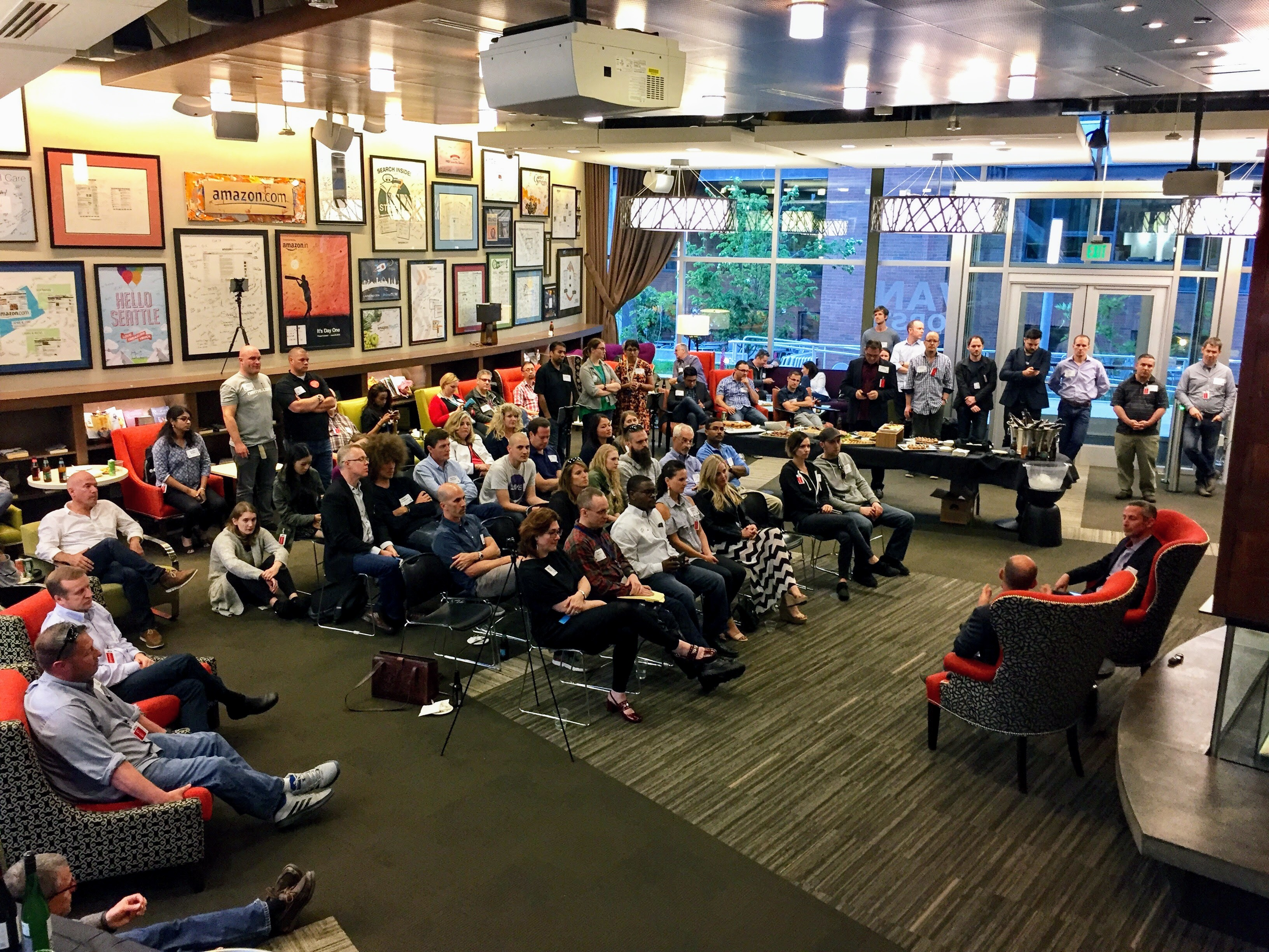 DNSeattle Attracts Large Crowd In Domain Name Hotbed